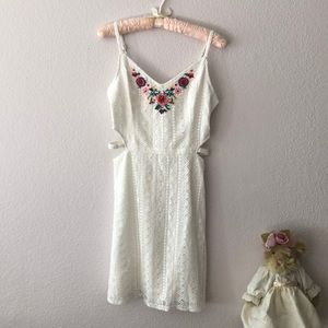 Hollister White Lace Embroidered floral Dress